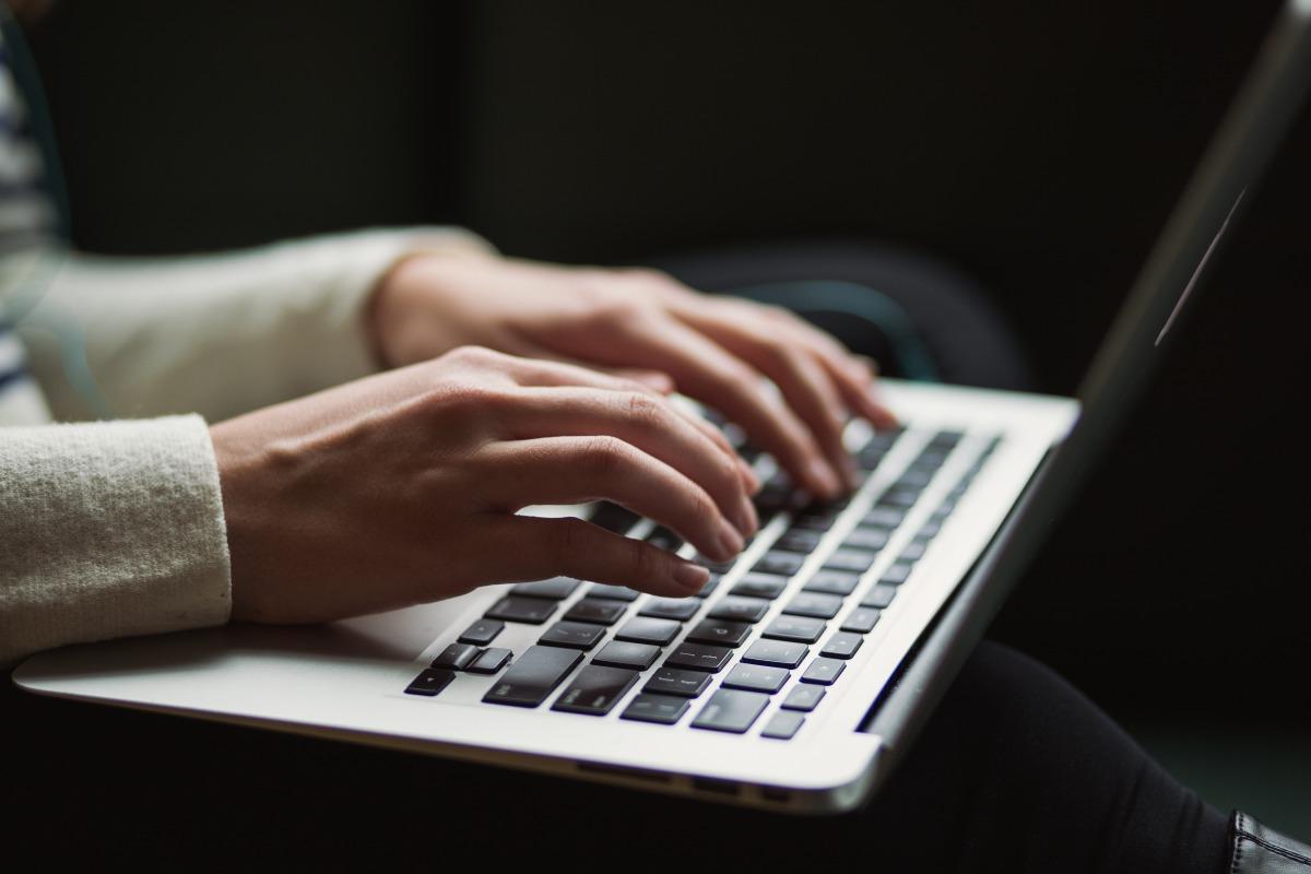 【WordPress】Contact Form 7でメールアドレスの入力ミスチェックでエラーを表示する