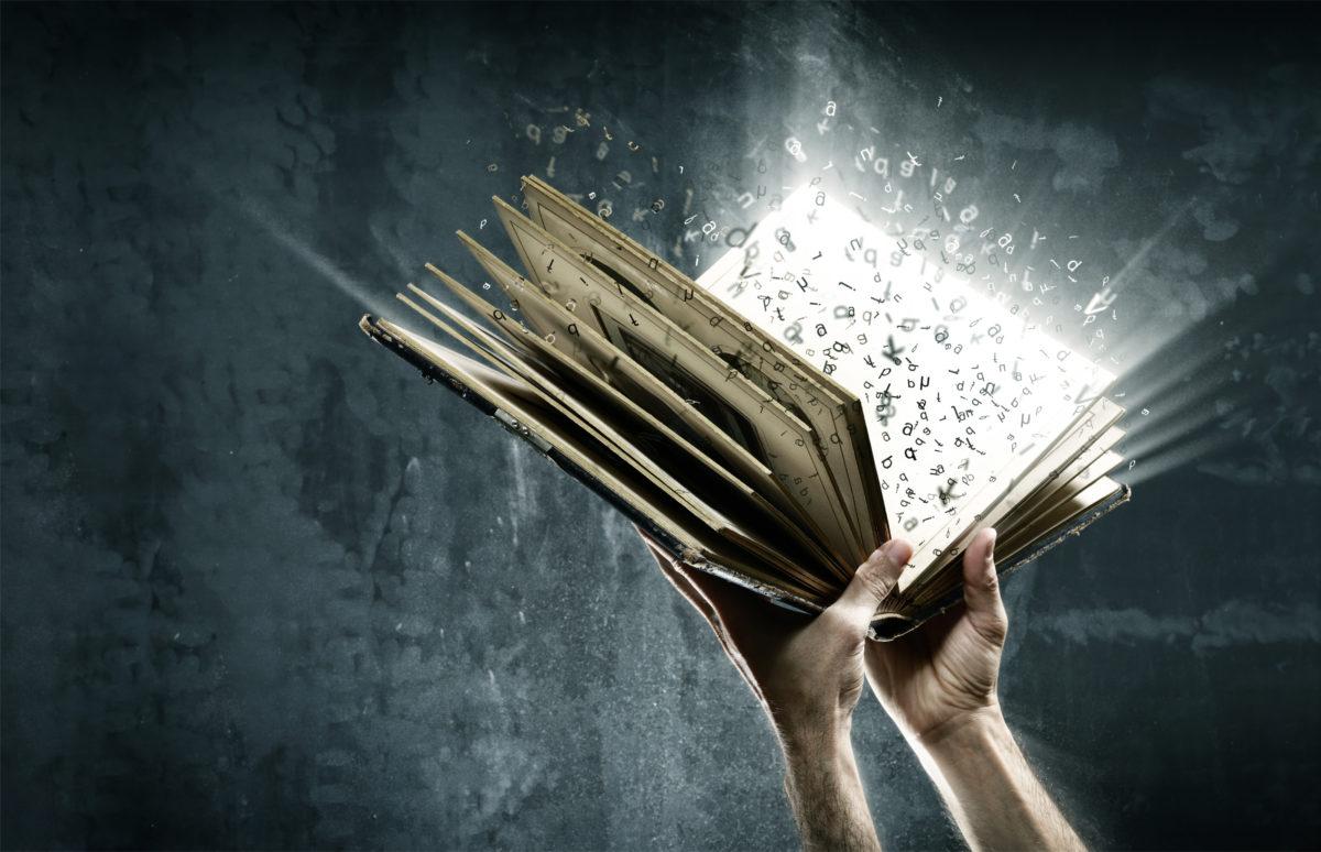 【厳選】人生の価値観を大きく変えてくれた本【基本読書は嫌いです】