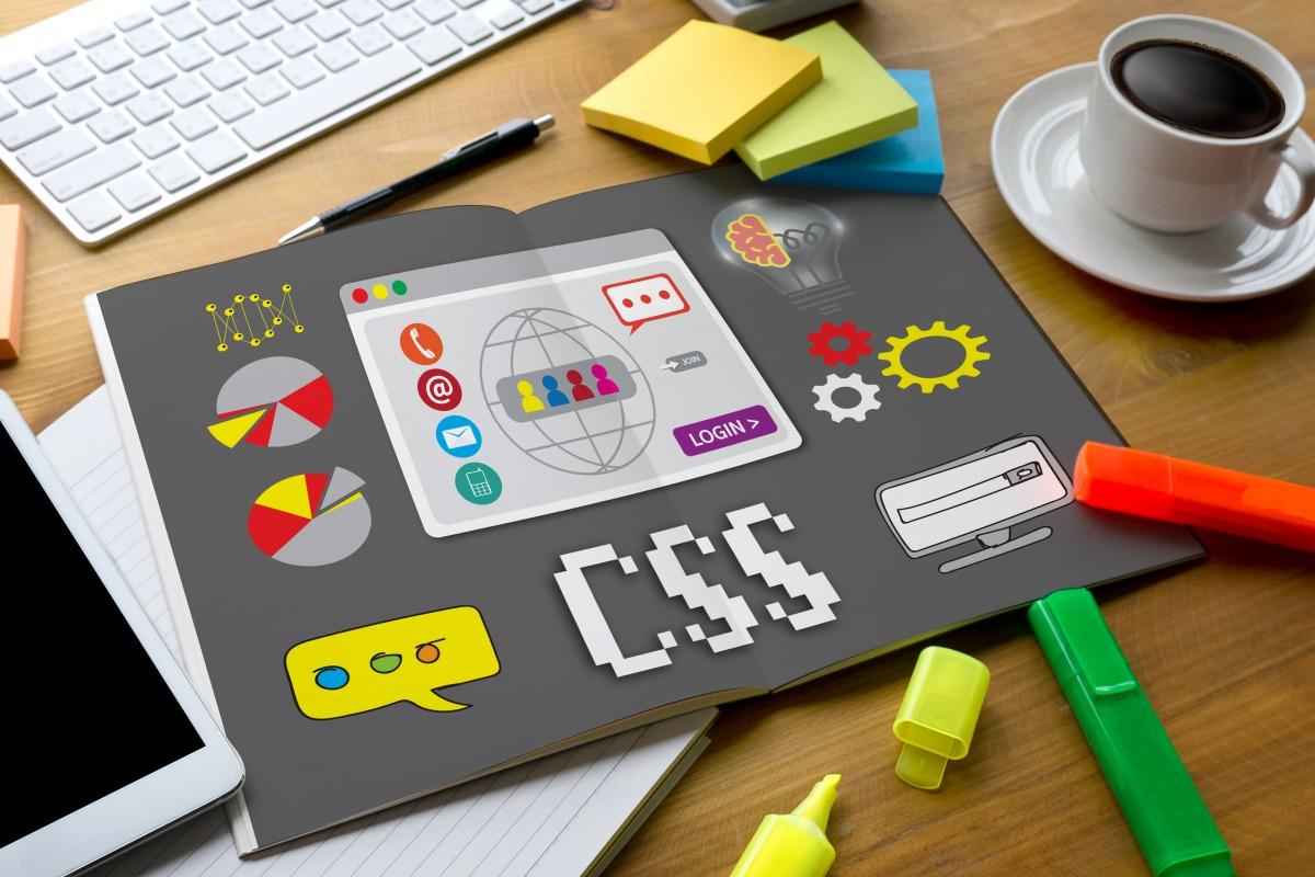 【CSS】パソコン表示とスマホ表示でデザインを切り替える